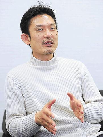 姥浦道生氏